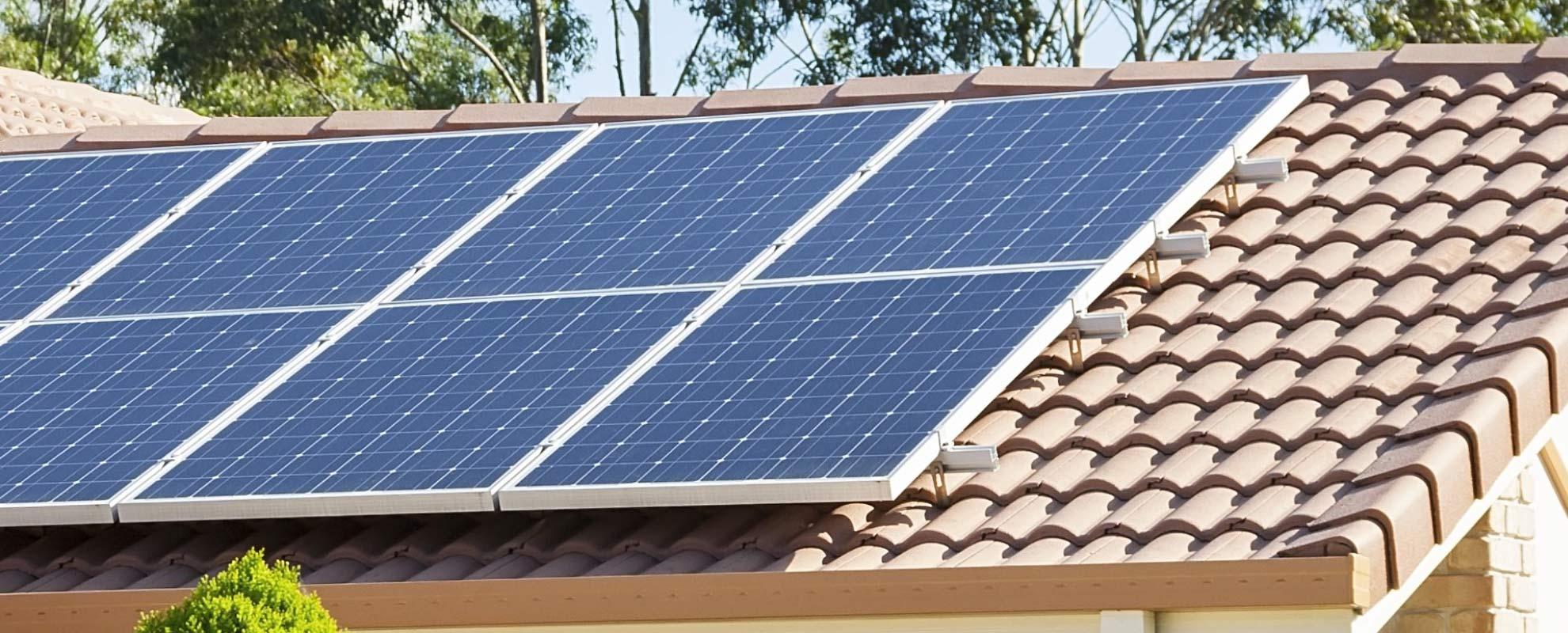 Instalación y mantenimiento de paneles solares en Madrid